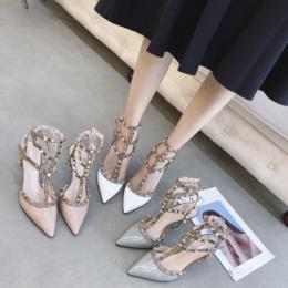 欧美2018新款铆钉高跟鞋单鞋绑带中跟包头女鞋大码细跟尖头凉鞋女