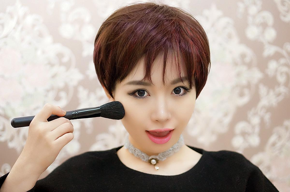 巧迪尚惠莹彩滑盖腮红带刷 胭脂专柜正品化妆品 彩妆高光亚光包邮