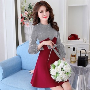 休闲清纯甜美中腰春拼色拼接连衣裙YIMERE高端时尚中年品质女装