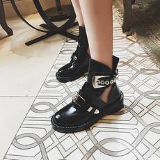 靴子女秋冬季2016镂空英伦风粗跟学生真皮短靴加绒圆头平底马丁靴