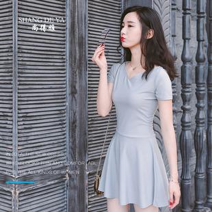 夏季新款中裙甜美灰色学院雪纺V领中短袖透气吸汗修身连衣裙短裙