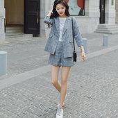 格子西装套装女2019新款夏季洋气英伦风短裤网红小西服两件套薄款