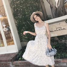 滕雨佳复古碎花连衣裙女夏2018新款蕾丝修身显瘦高腰吊带长裙夏