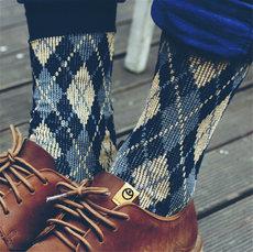 3双装 韩国时尚秋冬季英伦复古潮流男士中筒袜子棉长袜简约商务袜
