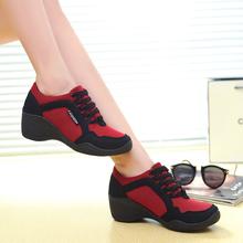 新款老北京布鞋潮流时尚百搭坡跟女鞋软底轻巧运动单鞋广场舞蹈鞋