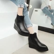 秋冬款女平底短靴单靴坡跟马丁靴真皮女靴尖头靴踝靴小皮鞋