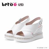 Betoo/贝鸵夏季新款真皮女鞋厚底舒适时尚凉鞋休闲风牛皮坡跟8268