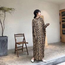 CJCxl秋冬新式气dl女神式宽松冰丝重工有垂度轻奢设计感连衣裙