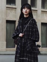 2020新式学院风斗篷外套女秋aj12宽松气ve式格纹呢子大衣女