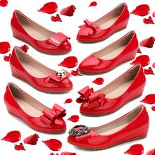 浅口女aq20春季新po中跟新娘婚鞋红色漆皮(小)码313233坡跟单鞋