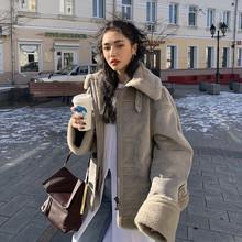 羊羔毛外套女冬季宽松韩款机ar10加绒加ed短式棉衣棉服新式