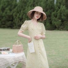 202ar新式夏季流ne轻熟风气质洋气仙森系收腰显瘦格子连衣裙女