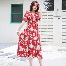 红色碎at连衣裙女夏ic20新式V领泡泡袖雪纺系带收腰显瘦气质仙