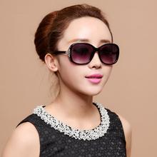 新式偏ba太阳镜墨镜ho款防紫外线时尚大框潮的镶钻太阳眼镜女