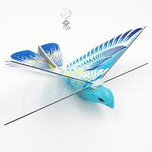 飞鸟玩ba飞鸟地摊��al鸟回旋鸟飞行橡皮筋动力飞机仿生扑翼鸟