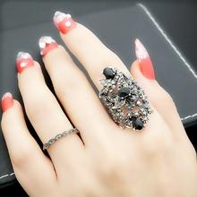 欧美复ba宫廷风潮的ra艺夸张镂空花朵黑锆石戒指女食指环礼物