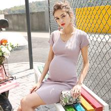 孕妇针bi连衣裙气质li尚新式潮妈V领弹力修身春装打底裙子