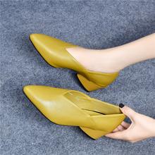 真皮网bi奶奶鞋女中li女2021春式新式晚晚鞋尖头高跟鞋女粗跟