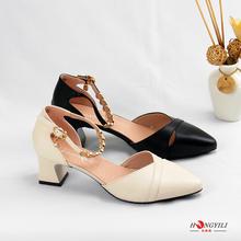 红依利bi鞋夏季新式ly跟中空鞋舒适镂空一字扣时装鞋