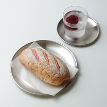 不锈钢bi属托盘inau砂餐盘网红拍照金属韩国圆形咖啡甜品盘子