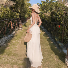 三亚沙bi裙2020bi色露背连衣裙超仙巴厘岛海边旅游度假长裙女
