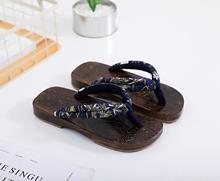 2018夏季  br5男女款 sd防滑的字实木木屐拖鞋  包邮