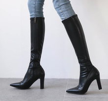 韩国东ca门女鞋欧美pe流尖头靴粗跟高筒靴长靴显瘦气质性感