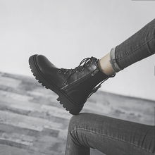 海伦馆ca伦风马丁靴ar单靴2021年新式靴子黑色真牛皮厚底短靴