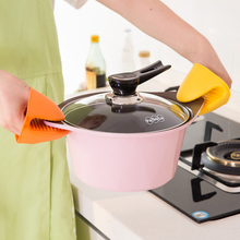 FaScdla厨房隔xb硅胶烘焙微波炉手套耐高温防烫夹加厚烤箱手套