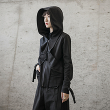 SIMchLE BLng 春秋暗黑风韩款割边设计短式休闲女士连帽卫衣外套