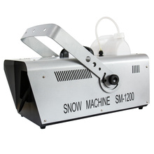 遥控1ci00W雪花je 喷雪机仿真造雪机600W雪花机婚庆道具下雪机