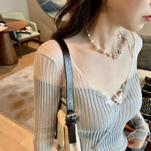 米卡 cq丝针织衫女xw调罩衫超透气镂空防晒衫V领气质显瘦开衫