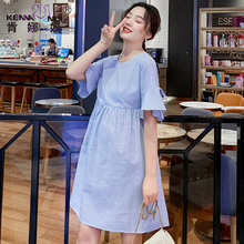 夏天裙da条纹哺乳孕de裙夏季中长式短袖甜美新式孕妇裙