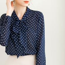 法式衬da女时尚洋气al波点衬衣夏长袖宽松雪纺衫大码飘带上衣