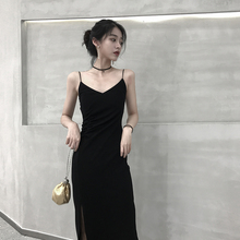 连衣裙db2021春cq黑色吊带裙v领内搭长裙赫本风修身显瘦裙子