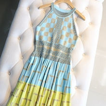 201de夏式女装名is风撞色几何格子挂脖无袖冰丝针织背心连衣裙