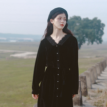 蜜搭 dm绒秋冬超仙zp本风裙法式复古赫本风心机(小)黑裙