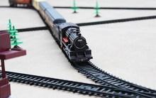 【超长ek.4米轨道ry动仿真(小)火车套装】托马斯(小)火车玩具和谐