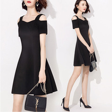 吊带一fd肩连衣裙2dc新式女装夏天露漏肩(小)黑裙性感显瘦超仙礼服