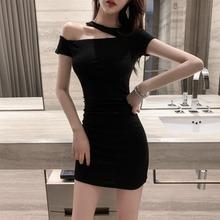 性感露fh连衣裙20kj装新式气质斜领显瘦短袖黑色紧身包臀短裙子
