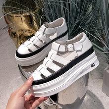 罗马包头凉鞋女真皮镂fu7(小)白鞋新ti气百搭运动厚底松糕女鞋
