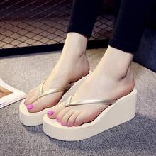 2020新式夏季的字拖女沙滩鞋高坡fu14凉拖时ti厚底增高拖鞋