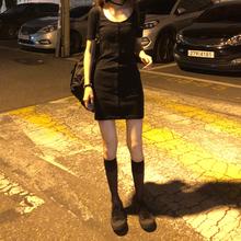 短袖连衣ga女夏装收腰pu质螺纹包臀裙短裙厌世丧系单排扣裙子