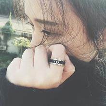 欧美百ga中性转动旋le(小)清新男女情侣戒指钛钢指环不褪色
