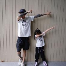 韩款中ge童幼儿园熊guD街拍潮夏季新式家庭装短袖T恤亲子装纯棉