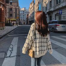 仿水貂ge毛衣开衫女ge懒风2020新式秋季韩款格子毛线针织外套