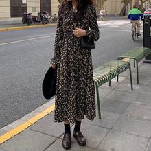 气质碎ge裙连衣裙女ti0春秋新式韩款冬季长式裙子收腰显瘦打底裙
