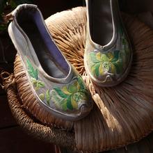 原创直销浅色复gt4民族风文10底单鞋纯手工绣花布鞋日常芙蓉