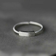 (小)张的ha事复古设计ca5纯银一字开口女生指环时尚麻花食指戒