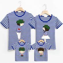 夏季海军风亲子he一家三口四hu福 洋气母女母子夏装t恤海魂衫